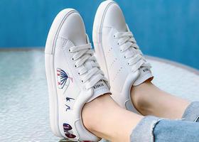 小白鞋品牌,经典小白鞋